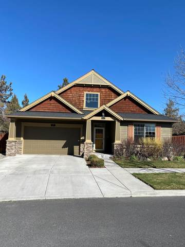 310 NW 28th Street, Redmond, OR 97756 (MLS #220120176) :: Rutledge Property Group