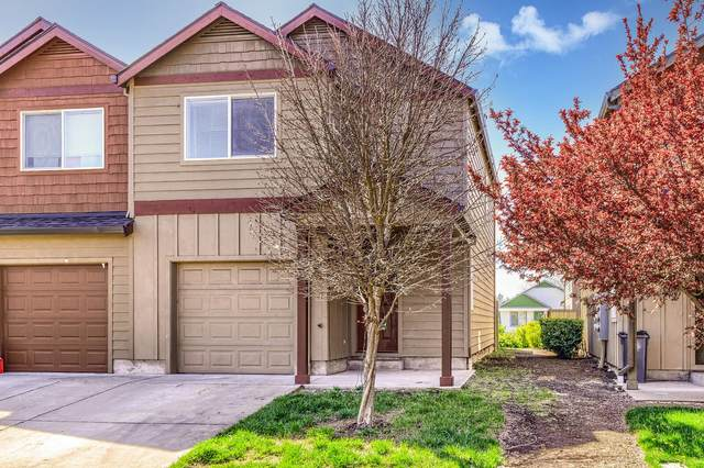 7663 Coloma Street, White City, OR 97503 (MLS #220120205) :: Bend Relo at Fred Real Estate Group