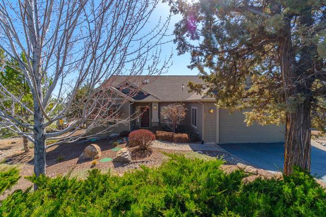 1024 Yosemite Falls Drive, Redmond, OR 97756 (MLS #220120212) :: Bend Relo at Fred Real Estate Group