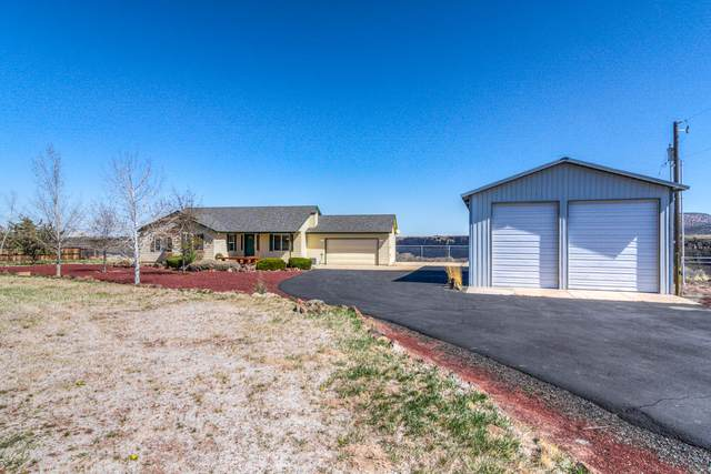 13867 SW Peninsula Drive, Terrebonne, OR 97760 (MLS #220120222) :: Central Oregon Home Pros