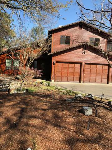 381 NW Woodbrook Drive, Grants Pass, OR 97526 (MLS #220120251) :: Berkshire Hathaway HomeServices Northwest Real Estate