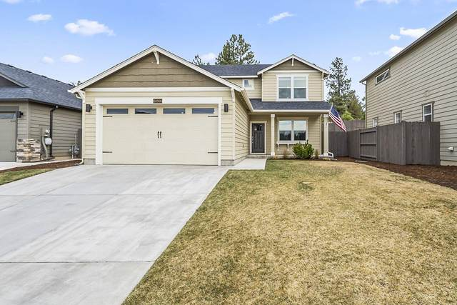 60908 SE Sweet Pea Drive, Bend, OR 97702 (MLS #220120301) :: The Riley Group