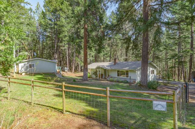 345 Thornbrook Drive, Merlin, OR 97532 (MLS #220120341) :: Berkshire Hathaway HomeServices Northwest Real Estate