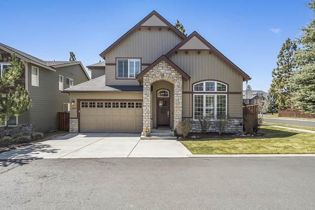 61034 Snowbrush Drive, Bend, OR 97702 (MLS #220120366) :: Berkshire Hathaway HomeServices Northwest Real Estate