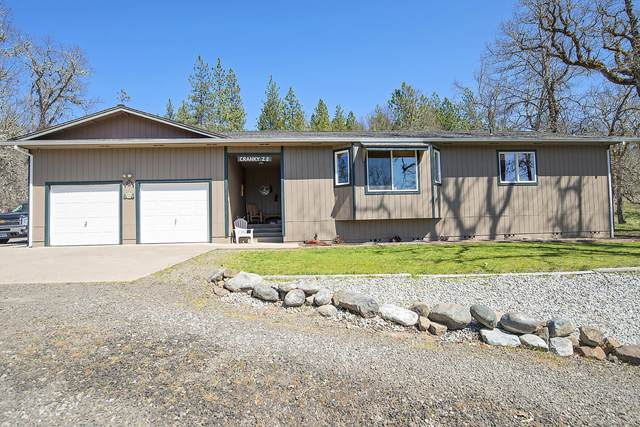 20964 Antioch Road, White City, OR 97503 (MLS #220120395) :: Coldwell Banker Bain
