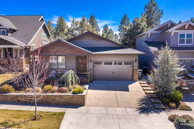 63043 Fresca Street, Bend, OR 97703 (MLS #220120416) :: Berkshire Hathaway HomeServices Northwest Real Estate
