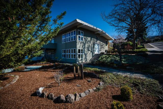 1249 Ashland Mine Road, Ashland, OR 97520 (MLS #220120438) :: Premiere Property Group, LLC