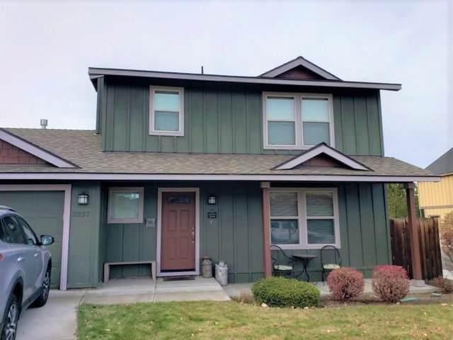 3227 NE Sandalwood Drive, Bend, OR 97701 (MLS #220120451) :: Bend Relo at Fred Real Estate Group