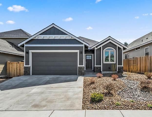 2967 NE Marea Drive, Bend, OR 97701 (MLS #220120465) :: Vianet Realty