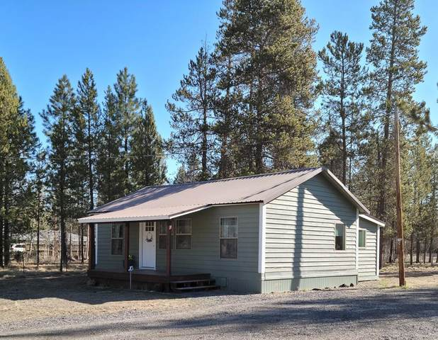 52576 Doe Lane, La Pine, OR 97739 (MLS #220120476) :: Fred Real Estate Group of Central Oregon