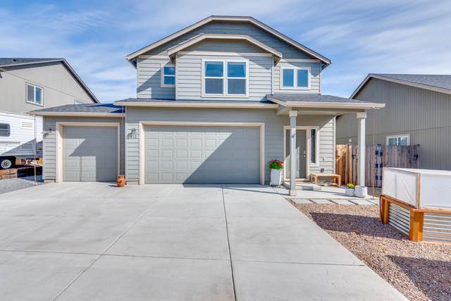 612 SE Glencoe Place, Bend, OR 97702 (MLS #220120511) :: Bend Relo at Fred Real Estate Group
