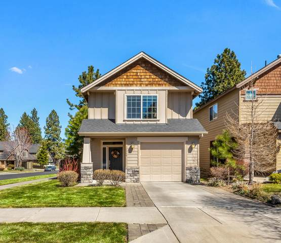 19564 Salmonberry Court, Bend, OR 97702 (MLS #220120519) :: Bend Relo at Fred Real Estate Group