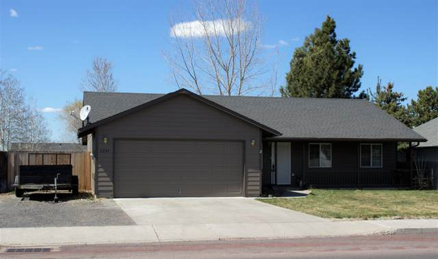2289 NE Yellowpine Road, Prineville, OR 97754 (MLS #220120520) :: Fred Real Estate Group of Central Oregon