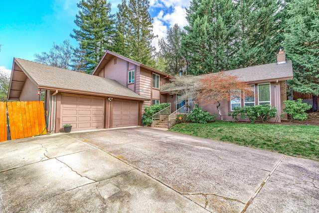 454 S Wexford Circle, Medford, OR 97504 (MLS #220120560) :: FORD REAL ESTATE