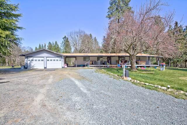 2604 Cedar Flat Road, Williams, OR 97544 (MLS #220120566) :: Keller Williams Realty Central Oregon