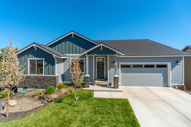 2318 SW Valleyview Drive, Redmond, OR 97756 (MLS #220120591) :: Premiere Property Group, LLC