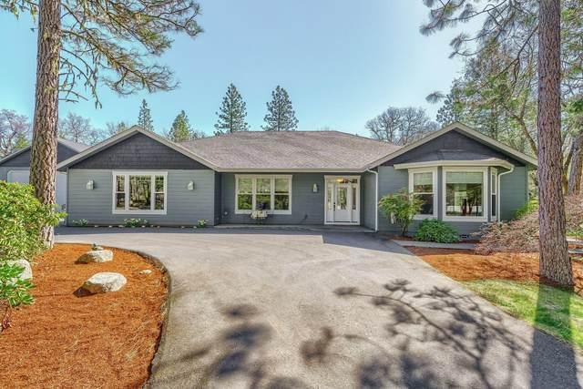 1417 Wildflower Drive, Merlin, OR 97532 (MLS #220120596) :: Premiere Property Group, LLC