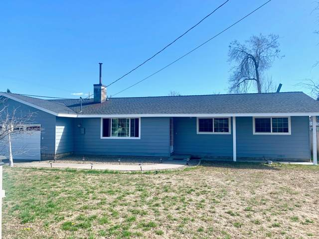 5786 Bel Aire Drive, Klamath Falls, OR 97603 (MLS #220120597) :: Premiere Property Group, LLC