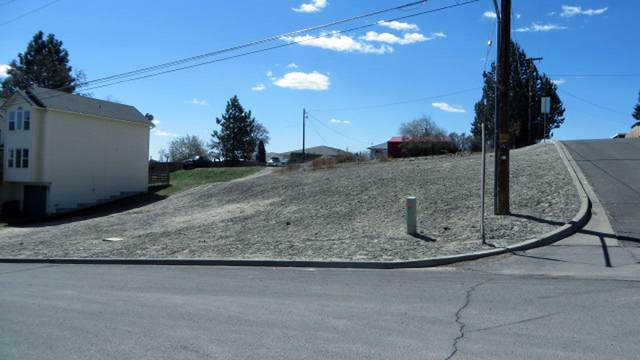 lot 1 N Williams Street, Klamath Falls, OR 97601 (MLS #220120601) :: Stellar Realty Northwest