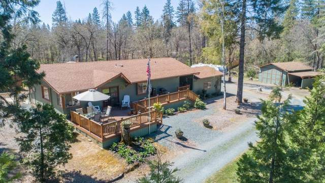 7622 Monument Drive, Grants Pass, OR 97526 (MLS #220120623) :: Vianet Realty
