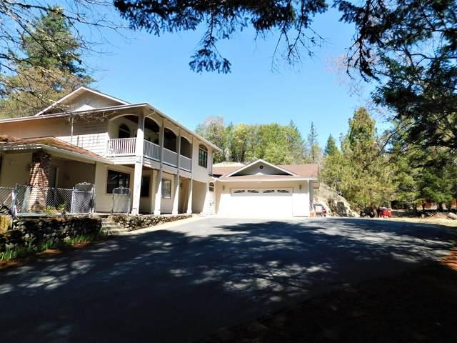1004 Peco Road, Grants Pass, OR 97526 (MLS #220120640) :: Stellar Realty Northwest