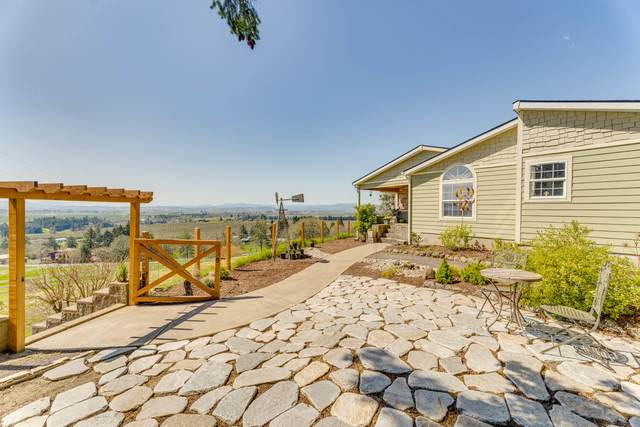 498 53rd Avenue, West Salem, OR 97304 (MLS #220120649) :: Fred Real Estate Group of Central Oregon