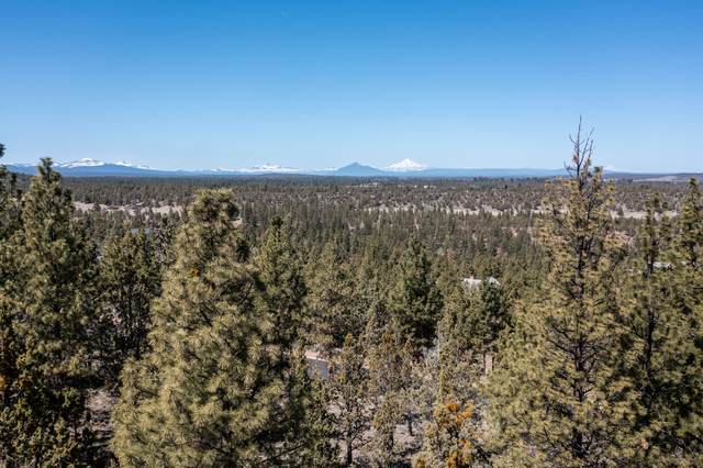 3396 NW Greenleaf Way, Bend, OR 97703 (MLS #220120678) :: Vianet Realty