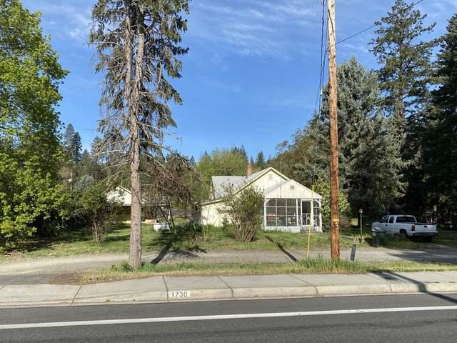 1730 Drury Lane, Grants Pass, OR 97527 (MLS #220120681) :: Bend Relo at Fred Real Estate Group