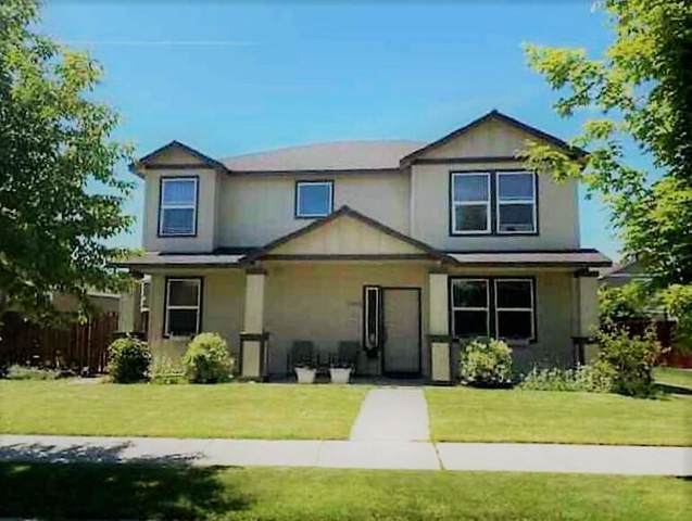 1453 NE 4th Street, Redmond, OR 97756 (MLS #220120683) :: Bend Relo at Fred Real Estate Group