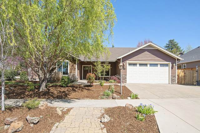 630 Camino Claire Street, Medford, OR 97504 (MLS #220120718) :: Central Oregon Home Pros