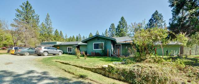 15060 Hoerster Lane, Rogue River, OR 97537 (MLS #220120759) :: Top Agents Real Estate Company