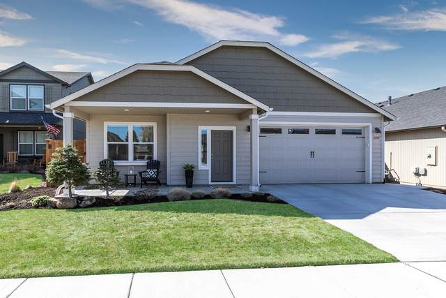 21387 NE Eagle Crossing Avenue, Bend, OR 97701 (MLS #220120764) :: Berkshire Hathaway HomeServices Northwest Real Estate