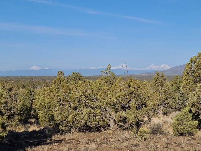 4900 SE Teton, Prineville, OR 97754 (MLS #220120786) :: Chris Scott, Central Oregon Valley Brokers