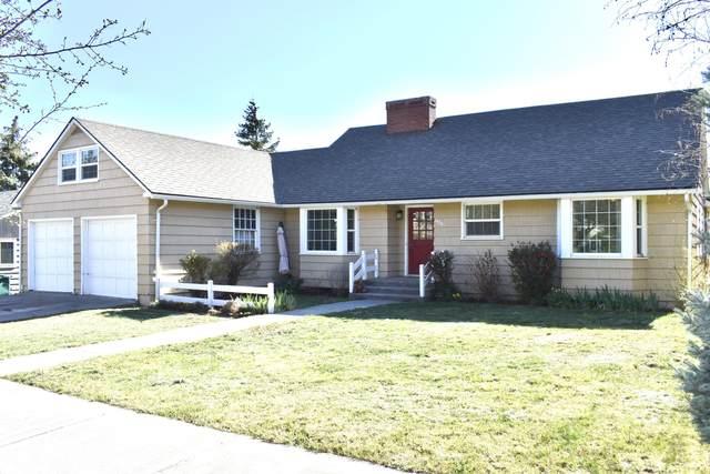 1404 N Eldorado Avenue, Klamath Falls, OR 97601 (MLS #220120809) :: Keller Williams Realty Central Oregon