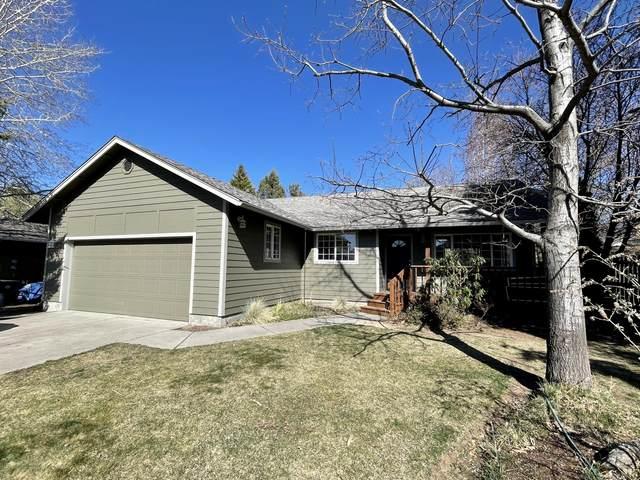 2878 NE Hidden Brook Place, Bend, OR 97701 (MLS #220120890) :: Chris Scott, Central Oregon Valley Brokers