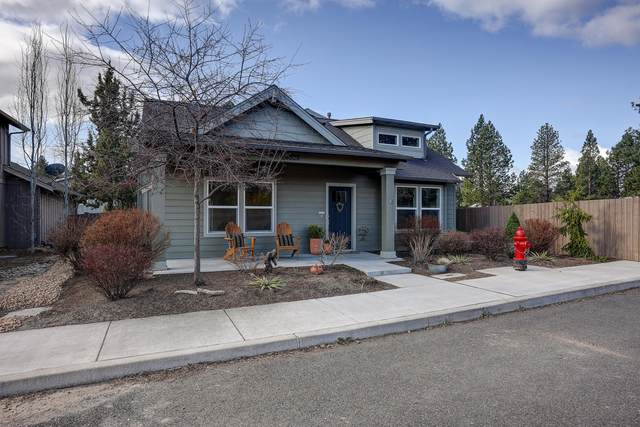 20325 Travelers Place, Bend, OR 97702 (MLS #220120906) :: The Ladd Group