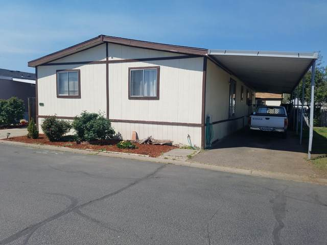 3555 S Pacific Highway Spc 223, Medford, OR 97501 (MLS #220120922) :: Keller Williams Realty Central Oregon
