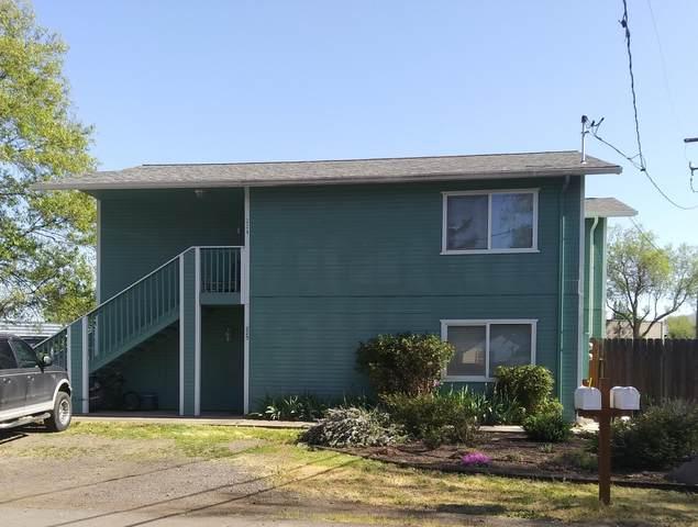 220-224 Odell Street, Eagle Point, OR 97524 (MLS #220120929) :: Team Birtola | High Desert Realty