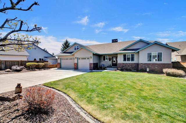 2731 NW Canyon Drive, Redmond, OR 97756 (MLS #220120944) :: The Ladd Group