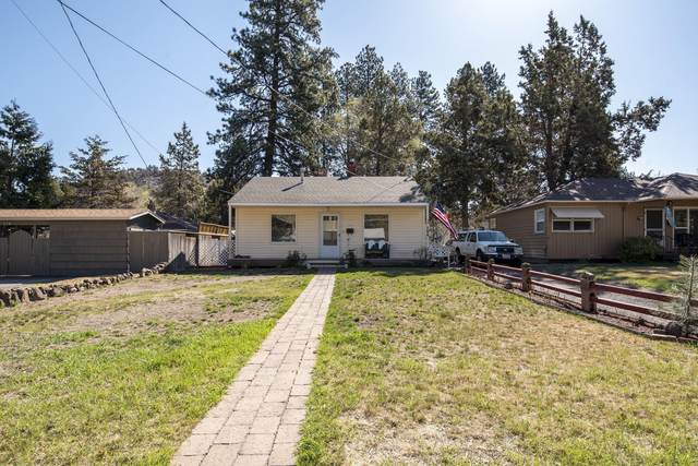 704 NE 9th Street, Bend, OR 97701 (MLS #220120971) :: The Ladd Group