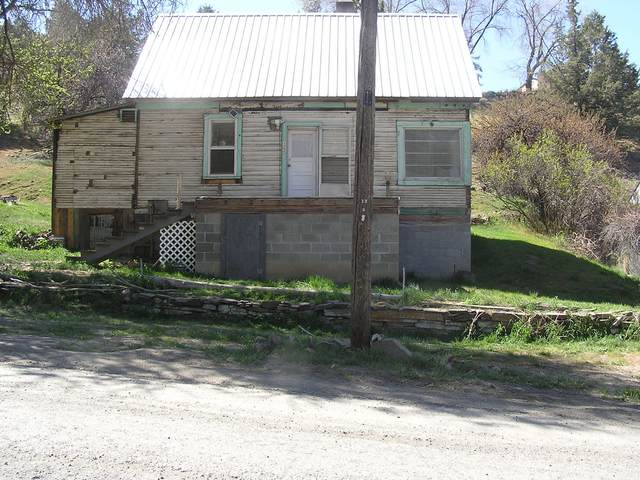 122 Nelson Avenue, Mitchell, OR 97750 (MLS #220120996) :: Central Oregon Home Pros