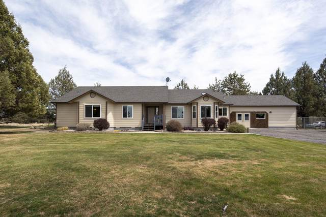 7258 SW Swallow Drive, Terrebonne, OR 97760 (MLS #220121011) :: Team Birtola | High Desert Realty
