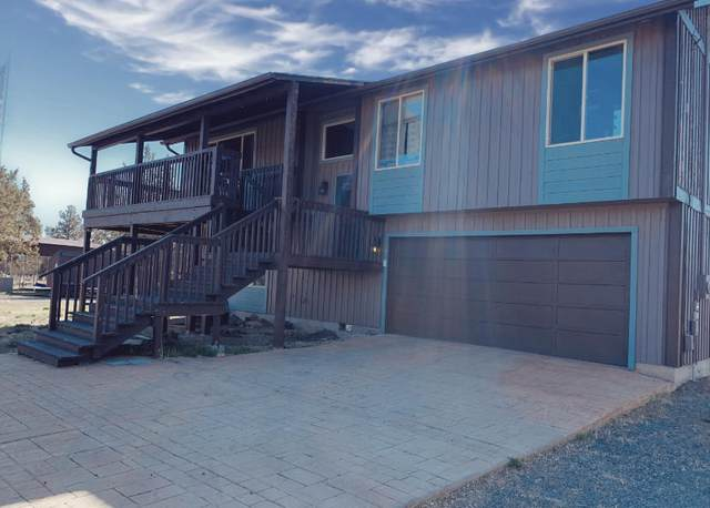 7941 SW Sandy Place, Madras, OR 97741 (MLS #220121039) :: Team Birtola | High Desert Realty