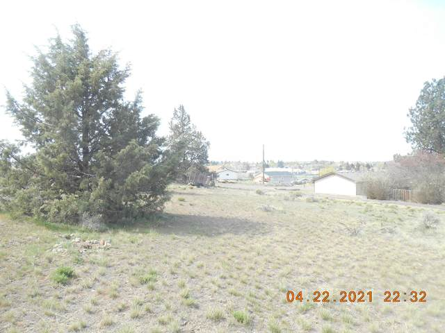 1203 SE Revere Avenue, Madras, OR 97741 (MLS #220121079) :: Berkshire Hathaway HomeServices Northwest Real Estate