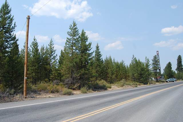 51515 Russell Road, La Pine, OR 97739 (MLS #220121147) :: Bend Homes Now