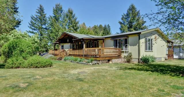 24742 Redwood Highway, Kerby, OR 97531 (MLS #220121185) :: Premiere Property Group, LLC
