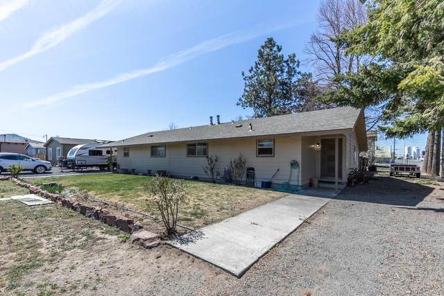 503-505 3rd Avenue, Culver, OR 97734 (MLS #220121214) :: Bend Relo at Fred Real Estate Group