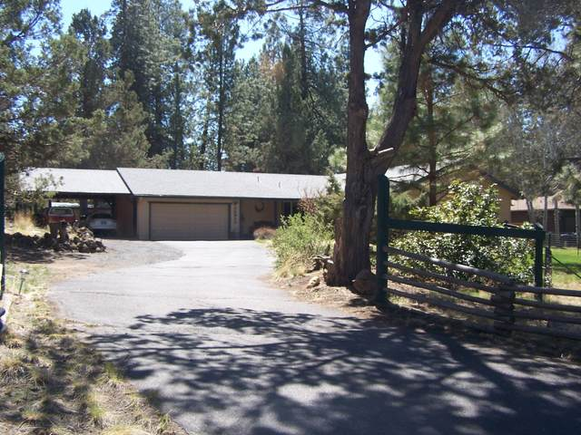 20943 SE King Hezekiah Way, Bend, OR 97702 (MLS #220121332) :: Bend Relo at Fred Real Estate Group