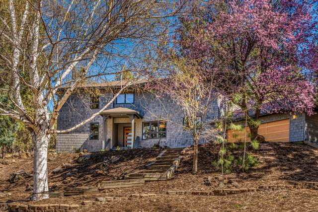 2130 NW Stover Circle, Bend, OR 97703 (MLS #220121369) :: Premiere Property Group, LLC