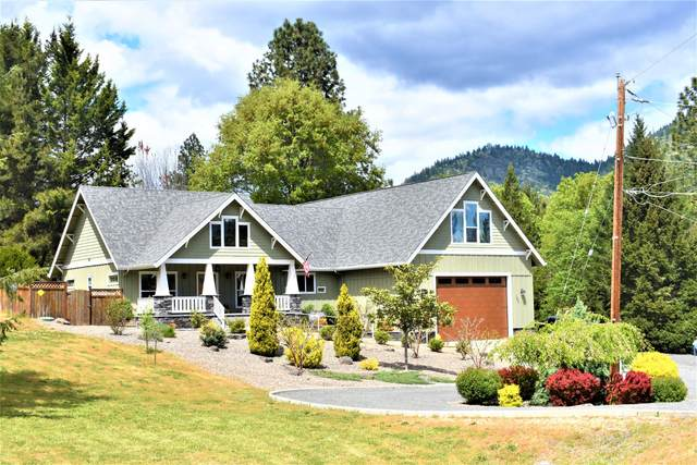 140 Rio Vista Lane, Grants Pass, OR 97527 (MLS #220121378) :: Central Oregon Home Pros